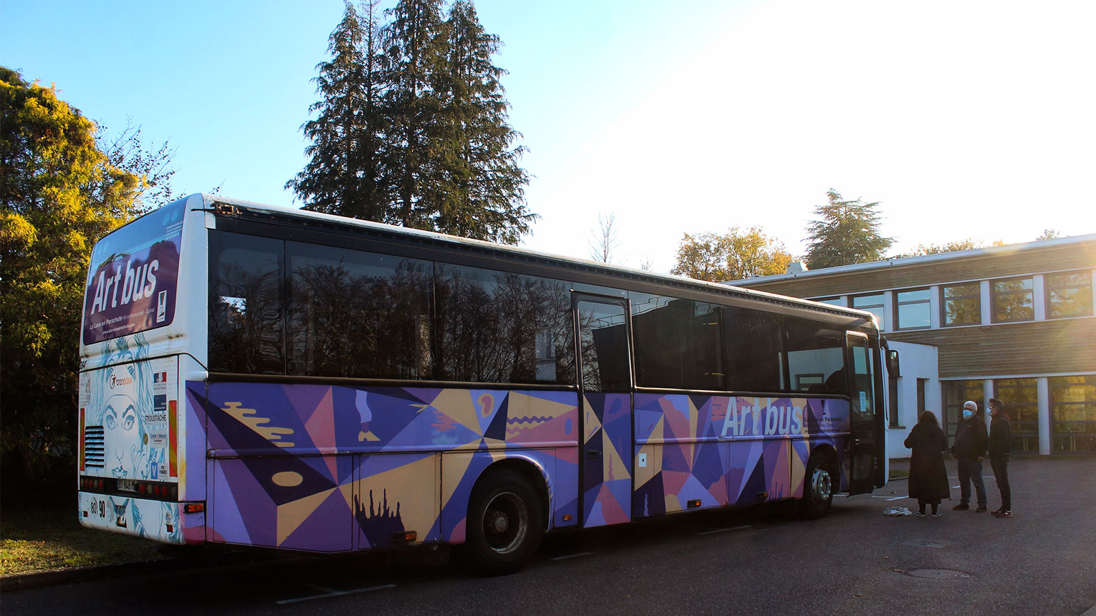 L'ART BUS reprend la route